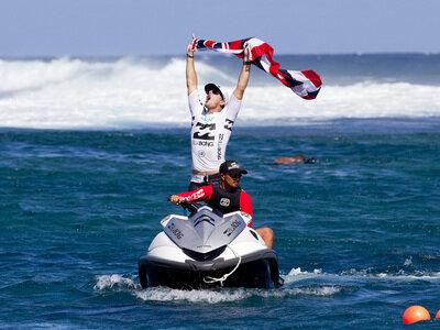 © ASP/ Kirstin Scholtz | Andy Irons wins Billabong Pro Tahiti 2010