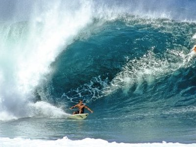 Credit:© Jeff Divine Quiksilver | Kelly Slater surft 1991 Pipeline