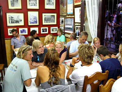 dinner in comillas with the surf course in spain