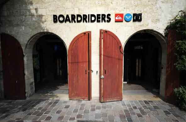 photographer ducasse/quiksilver |  Quiksilver Boardriders in Paris Bercy
