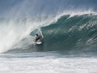 Credit: ASP/SCHOLTZ | Kieren Perrow (AUS), 34, your 2011 Billabong Pipe Masters Champion