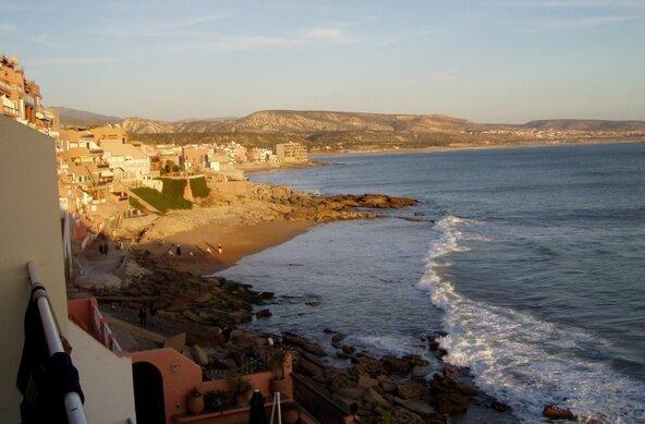 Surfcamps und Wellenreiten in Taghazout, Tamrhakht und Immesouane