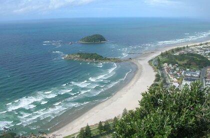 Mount Maunganui - Main beach | Surf Spot | New Zealand