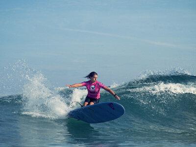 (c) Rabejac    Steinriede Claims Roxy Pro Longboard in Biarritz