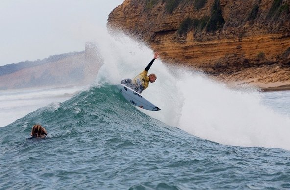 Credit: © ASP / SCHOLTZ | Mick Fanning Claims Rip Curl Pro Bells Beach, Slater Takes ASP Ratings' Lead
