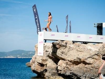 O'NEILL One Way Runway Model Search in Ibiza
