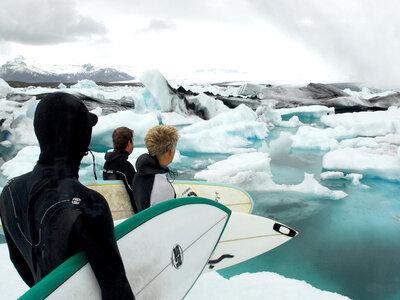 Photographer Lars Jacobsen   Surfing Island