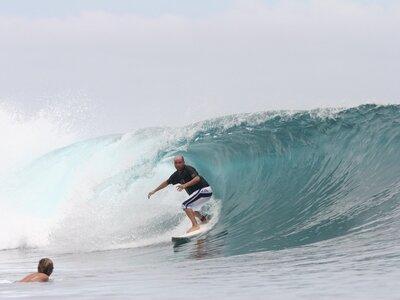 SURF CAMP ESCUELA CANTABRA DE SURF QUIKSILVER ROXY