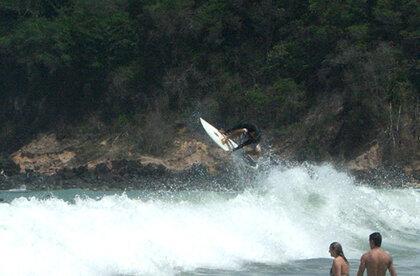 Praia da Pipa brazil surfing tube
