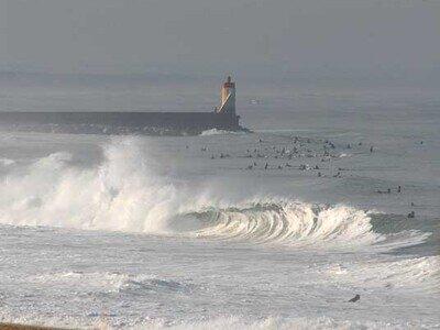 Photographer Lars Jacobsen   Heavy and powerful Shorebreak   High Tide