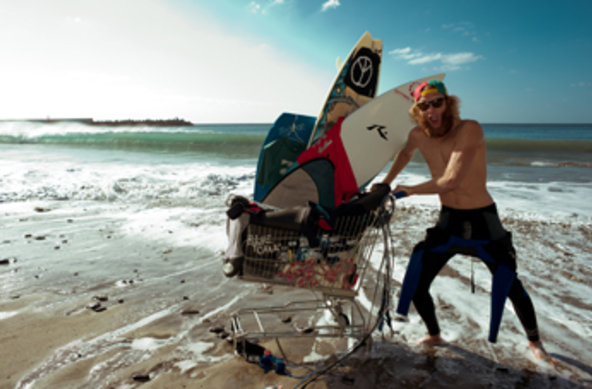 Pictures by: Christoph Leib – Surfer: Jasper Schmidt | OTRO MODO Surfshop