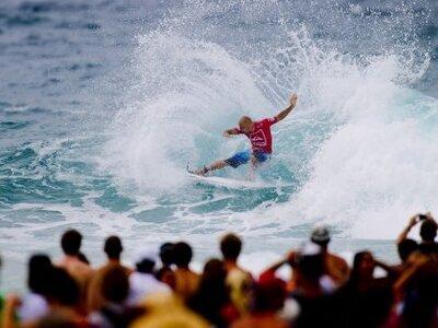 Credit: ASP / SCHOLTZ | Kelly Slater gewinnt Quiksilver Pro Gold Coast 2011