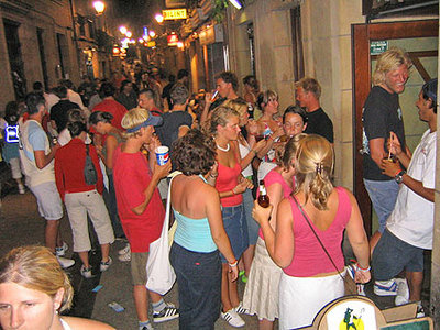 Party and nightlife in the historic center of San Sebastian