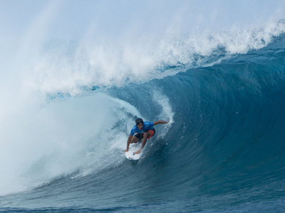 Image: WSL / Steve Robertson | Jeremy Flores wins Billabong Pro Tahiti 2015