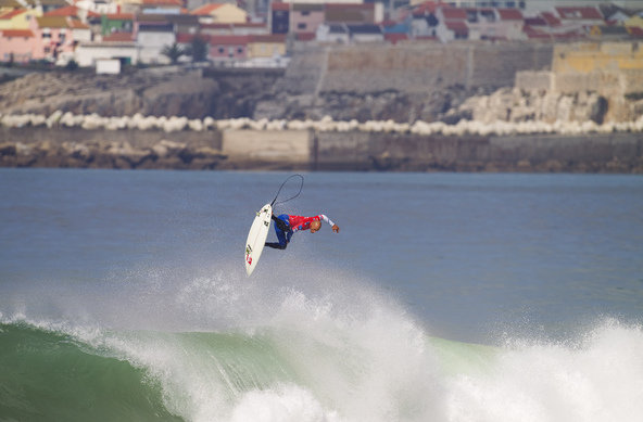 Credit:© ASP / SCHOLTZ | Kelly Slater wins Rip Curl Pro Portugal 2010