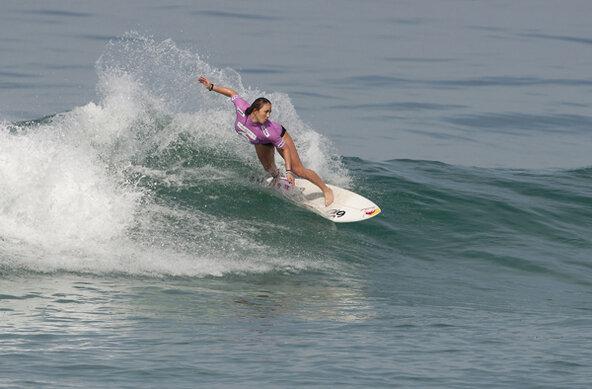 Credit: ASP / CESTARI | Carissa Moore Wins Billabong Rio Pro