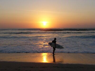 Surf and Study on Bali