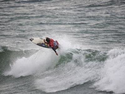 Blake Thornton wins the  O'Neill Cold Water Classic South Africa