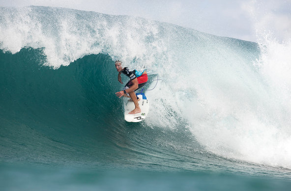 Credit: © ASP Cestari | Billabong Pipeline 2009 | Andy Irons