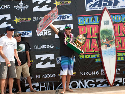 ASP/CI via Getty Images | Joel Parkinson verteidigt seine Vans Triple Crown of Surfing