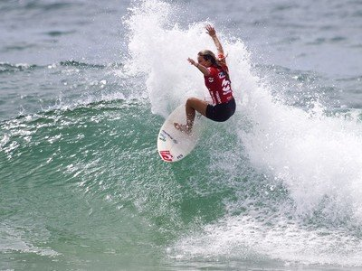 Credit: ASP / SCHOLTZ | Arnaud Victorious wins Women's World Junior Championships 2011