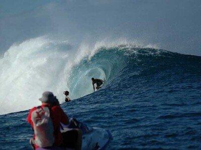 Photographer Lars Jacobsen | Surf Spot |  Teahupoo | Tahiti