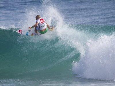 Credit: ASP / Robertson | Kelly Slater gewinnt Quiksilver Pro Gold Coast 2011