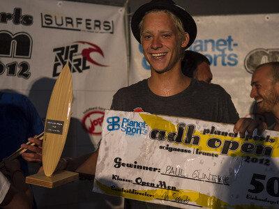 Jo Wyneken | Die deutschen Hochschulmeister im Wellenreiten 2012