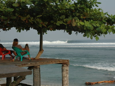 Photographer Lars Jacobsen | Surfing Indonesia