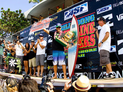 ASP/CI via Getty Images | Joel Parkinson gewinnt die Tripple Crown of Surfing