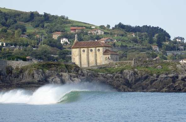 © ASP_Karen | Billabong Pro in Mundaka 2009 | Basque Country | Spain