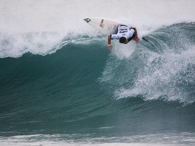 Adriano de Souza gewinnt den Billabong Pro J-Bay in Südafrika 2012