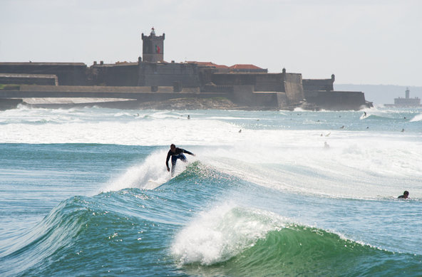 Photographer Lars Jacobsen | Surfing Lisbon