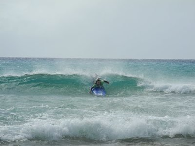 Erste Surflektion im Surfcamp in Fuerteventura by Watersports Fuerteventura
