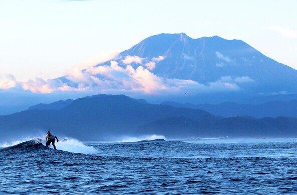 Bali - Nusa Lembongan surf retreat