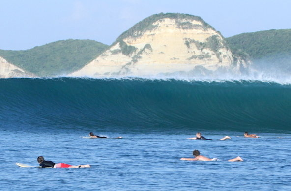 Drop In Surf Lodge Lombok