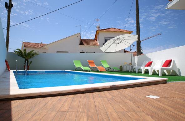 Zambeachouse Portugal - Hostel Paradise in Praia da Areia Branca
