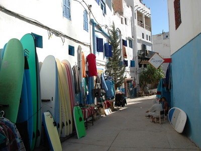 Surf shops in Taghazout with surfboard rental and school