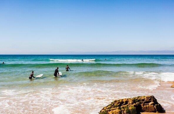 SELINA SURF CLUB BOAVISTA ERICEIRA
