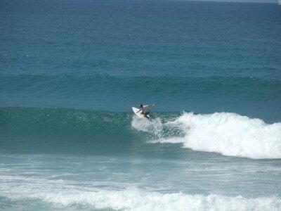 Die perfekte grüne Welle | Der erste Schritt ist in der Regel ein Besuch in einem Surfcamp